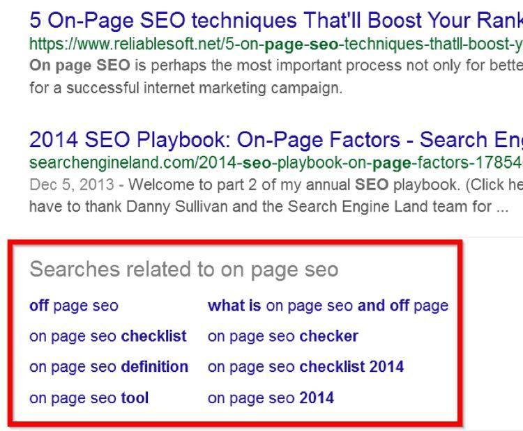 Затем я пролистал страницу поисковой выдачи вниз. Именно внизу Google показывает связанные ключевые слова в разделе «вместе с… часто ищут»