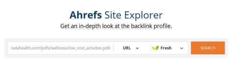 Каждый URL он проанализировал с помощью инструмента поиска внешних ссылок